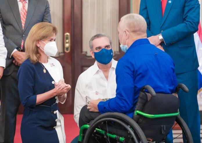 Presidente Abinader recibe delegación paralímpica que representó al país en Olimpiadas de Tokio